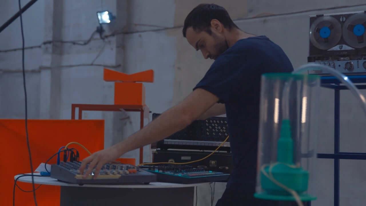 Making Digital Sound Distortions Analog