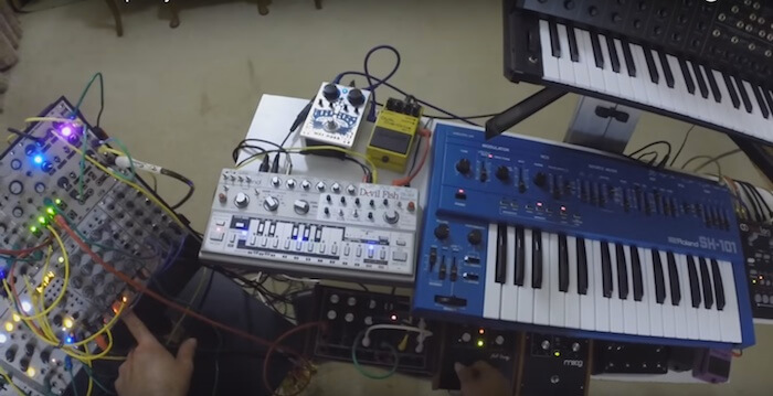 Live Breakbeat Jam with the TB-303