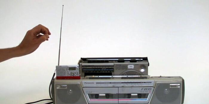 Three AM Radios Turned Into A Theremin